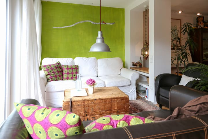 Gemütliches Zimmer im Grünen - Bonn - Bed & Breakfast