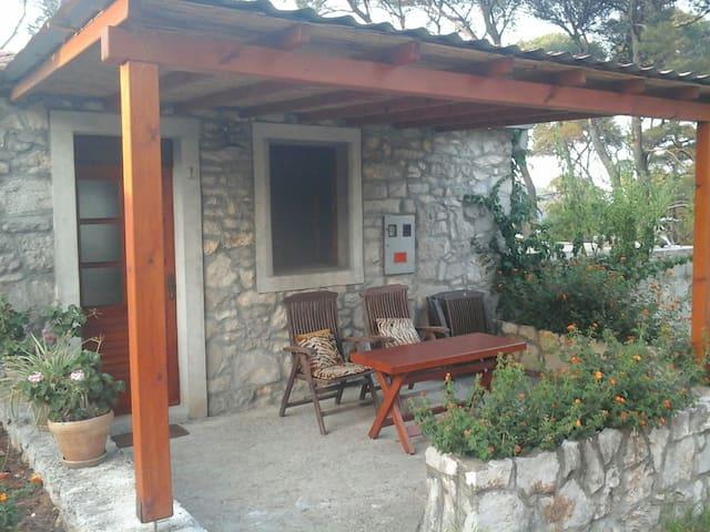 Apartment in NP Mljet - Pomena - Casa