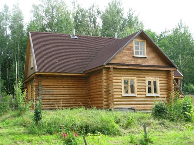 Усадьба в деревне Редькино - Лотошино - House