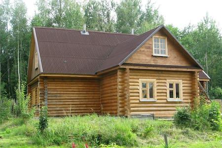 Усадьба в деревне Редькино - Лотошино - Dům
