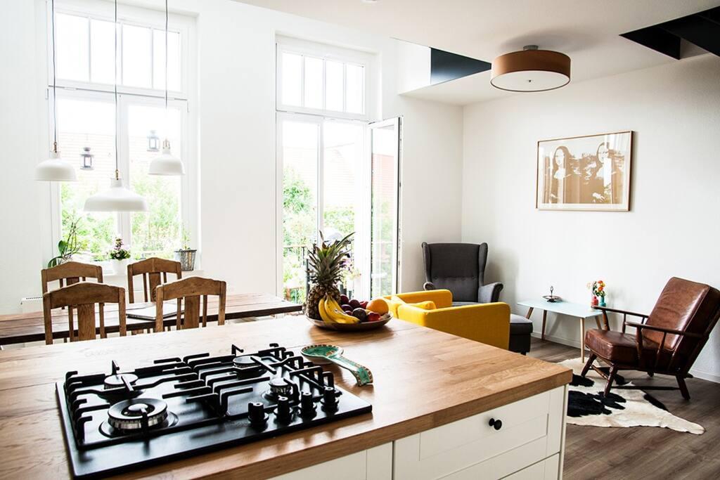 sch nes g stezimmer ruhig zentral wohnungen zur miete in kassel hessen deutschland. Black Bedroom Furniture Sets. Home Design Ideas