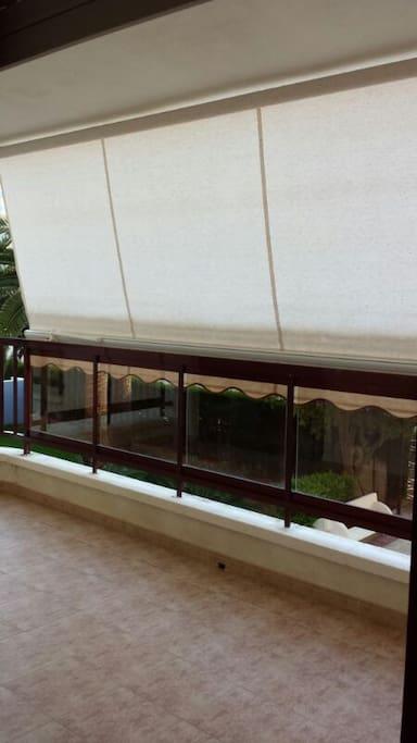 Amplio balcon,