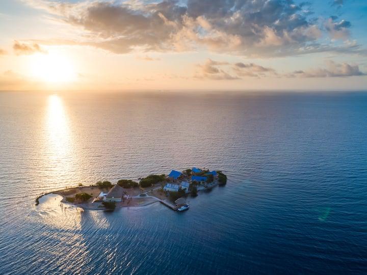Incredible All-Inclusive Island KANU!!