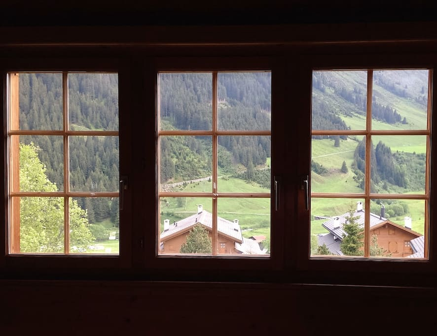 Vista Valle dalla Sala / View from Living Room