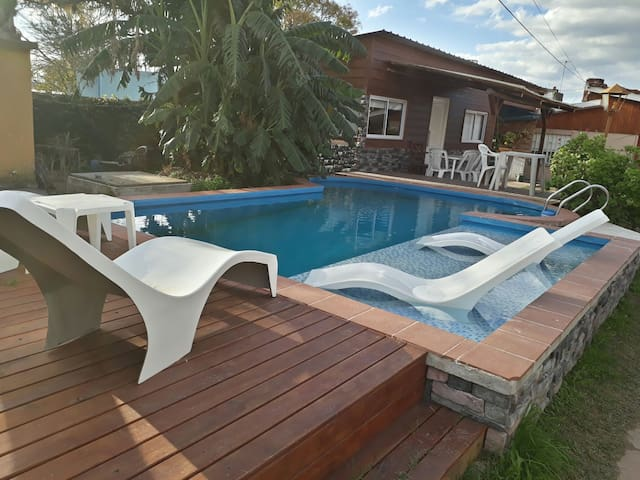 ESPECTACULAR CABAÑA. PISCINA EXCLUSIVA. AIRE. WIFI
