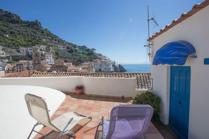 "Panoramic villa ""Il Tari""Amalfi"