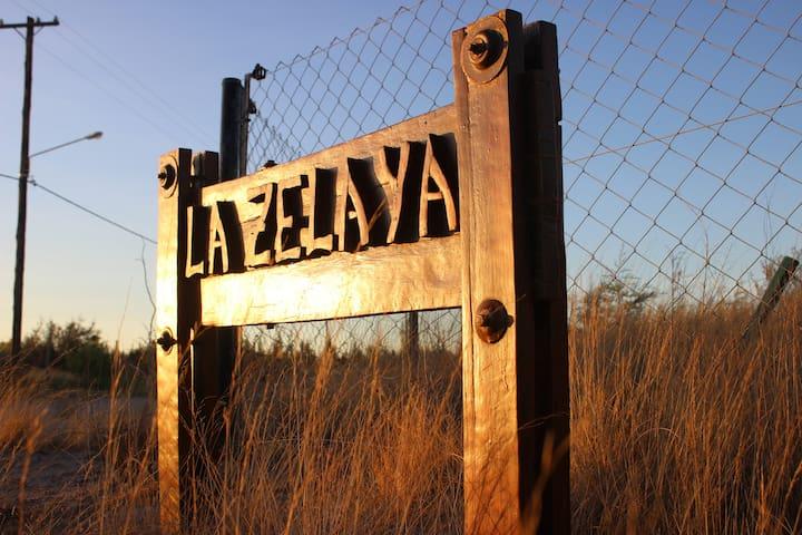 Casa de campo ¨La Zelaya¨