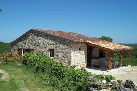 gîte rural en pleine campagne - Thézac - Rumah
