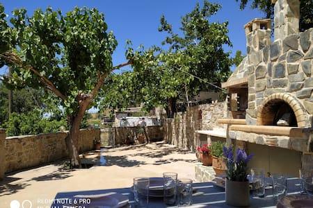 Il Silenzio (ground floor) Magarikari South Crete