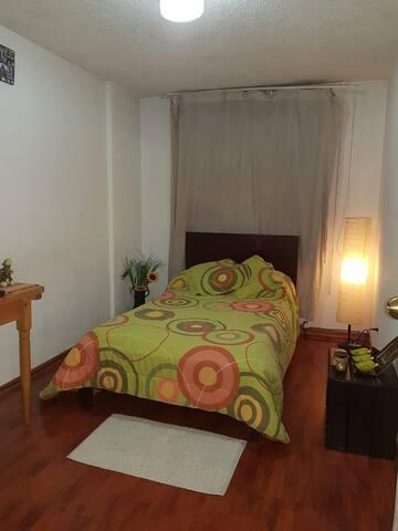 Habitación Privada en sector céntrico de Quito