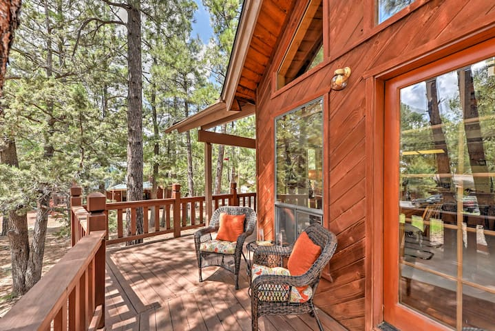 New! 3BR+Loft Munds Park Cabin In Coconino Forest!