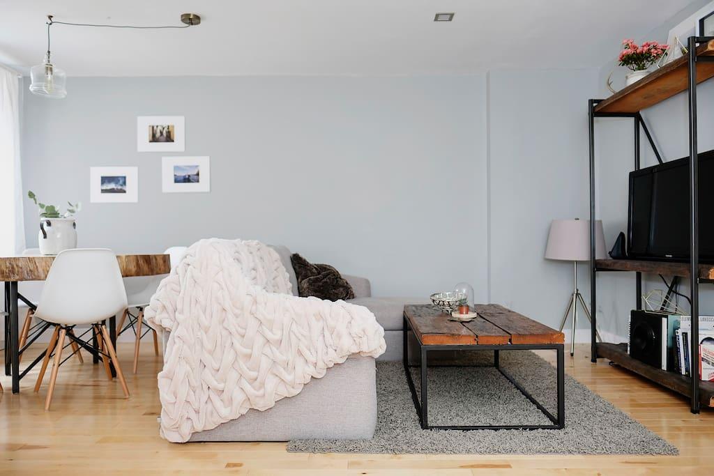 Custom-made reclaimed wood furniture