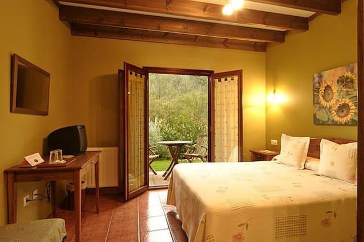 La Ablaneda- Casa Vacacional para 8 personas - Soto de Cangas - Guesthouse