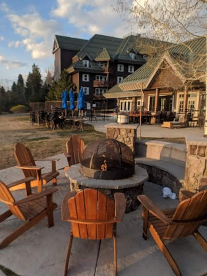 South Lake Tahoe Resort~  Studio Sleeps 4
