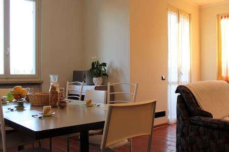 Appartamento Italia in centro a Padenghe - Padenghe Sul Garda - Apartament