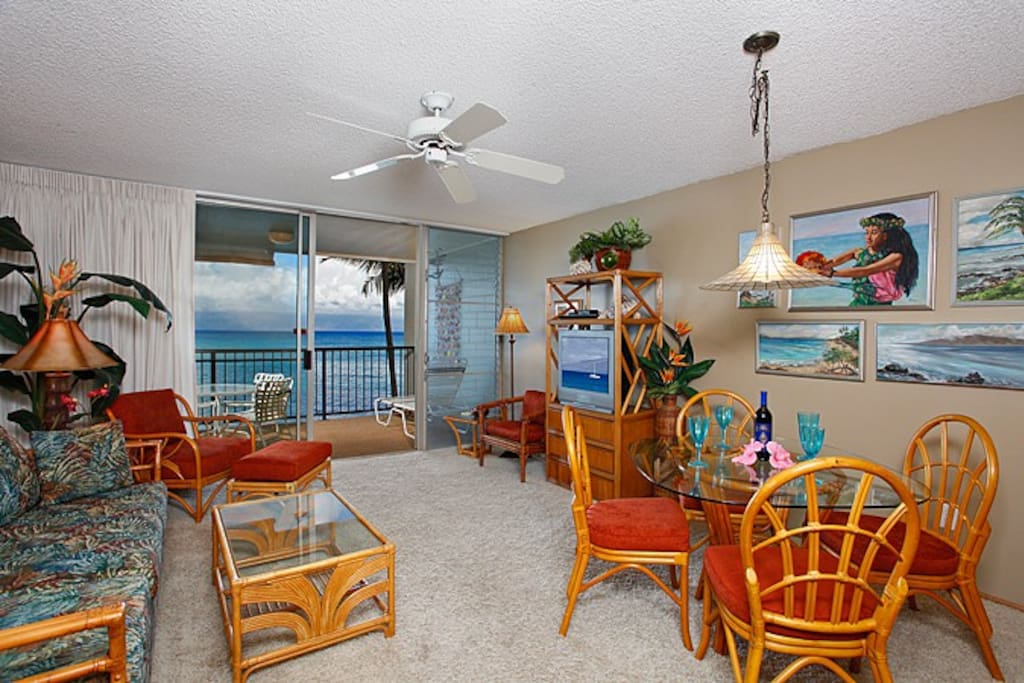 This oceanfront 2nd floor one-bedroom condo is tropically furnished with all the amenities you will need for a wonderful relaxing Maui vacation. We offer a Queen size bed, Cable TV, DVD player, stereo and FREE WIFI Internet access.