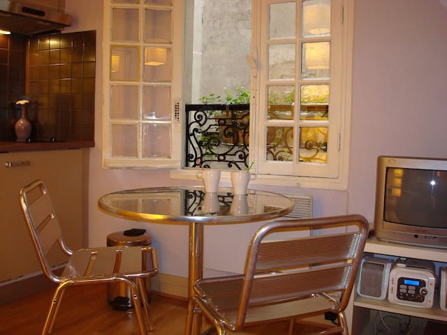 Charming  furnished studio in Paris