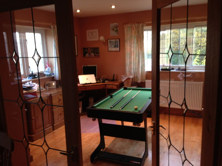 Games & music room
