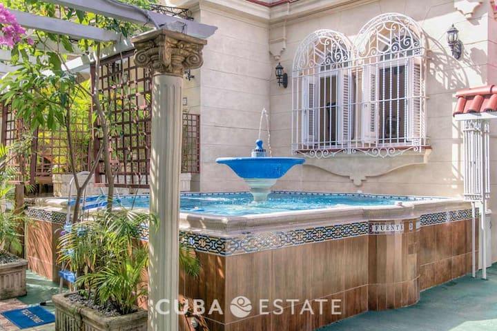 3BR VIP Luxury Colonial Villa with Pool in Miramar