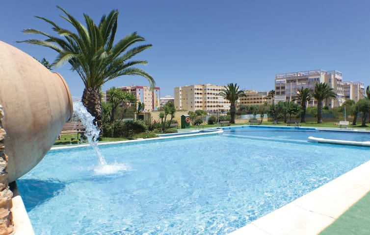 Holiday apartment with 2 bedrooms on 51m² in Torrevieja