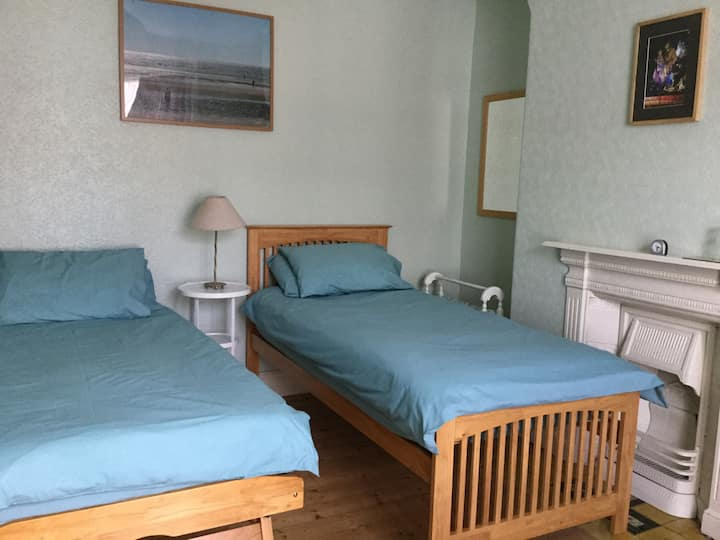 single or twin room near Penny Lane