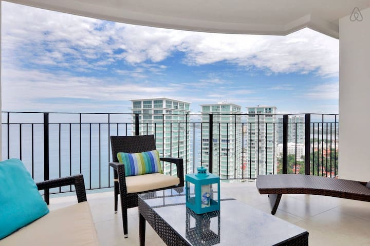 Spectacular Water Views, Great For Couples | Beachfront Pools, Tennis