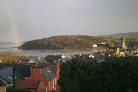 View from your double bed! Book it! - Timoleague - Bed & Breakfast