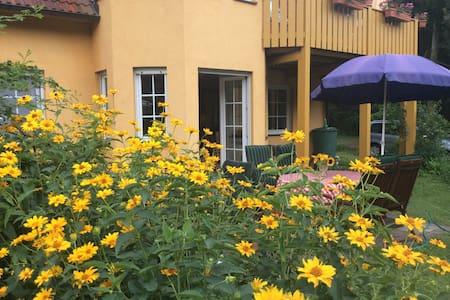 Ferienwohnung direkt am Klostersee - Neuhardenberg - Lägenhet