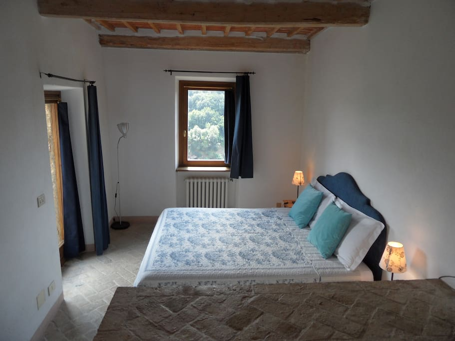 Camera doppia con bagno/ Double room with bathroom