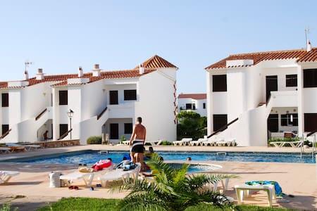 Apartamentos Las Bouganvillas - Los Delfines - Huoneisto