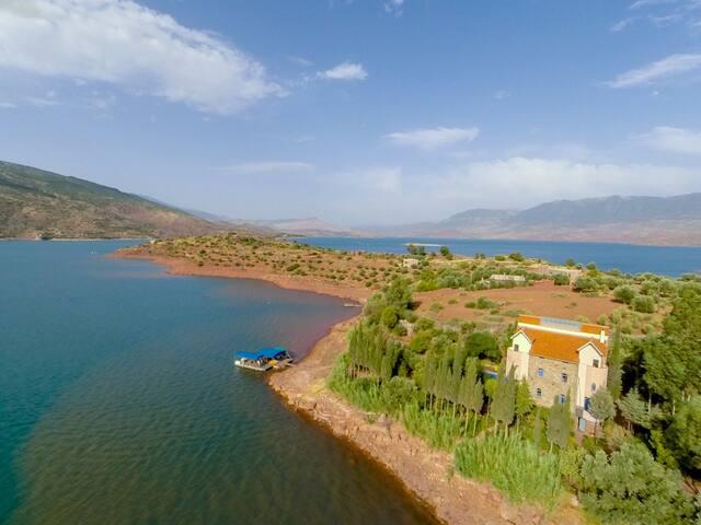 Suite in private villa - Bin El Ouidane - Penzion (B&B)