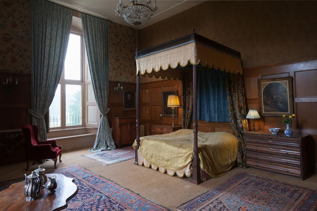 Master Bedroom of Lady Karin & Lord Joseph