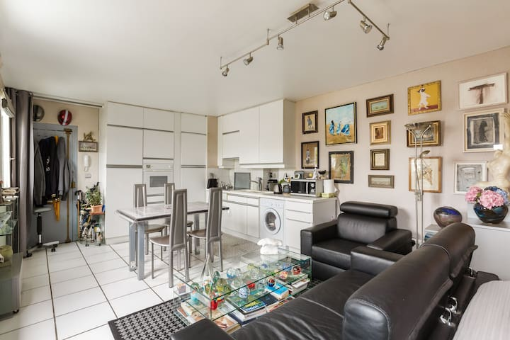 Attractive apartment in the heart of Marais