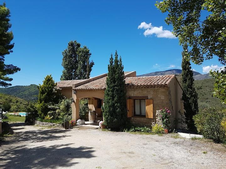 Belle villa dans la nature en Provence Côte d'Azur