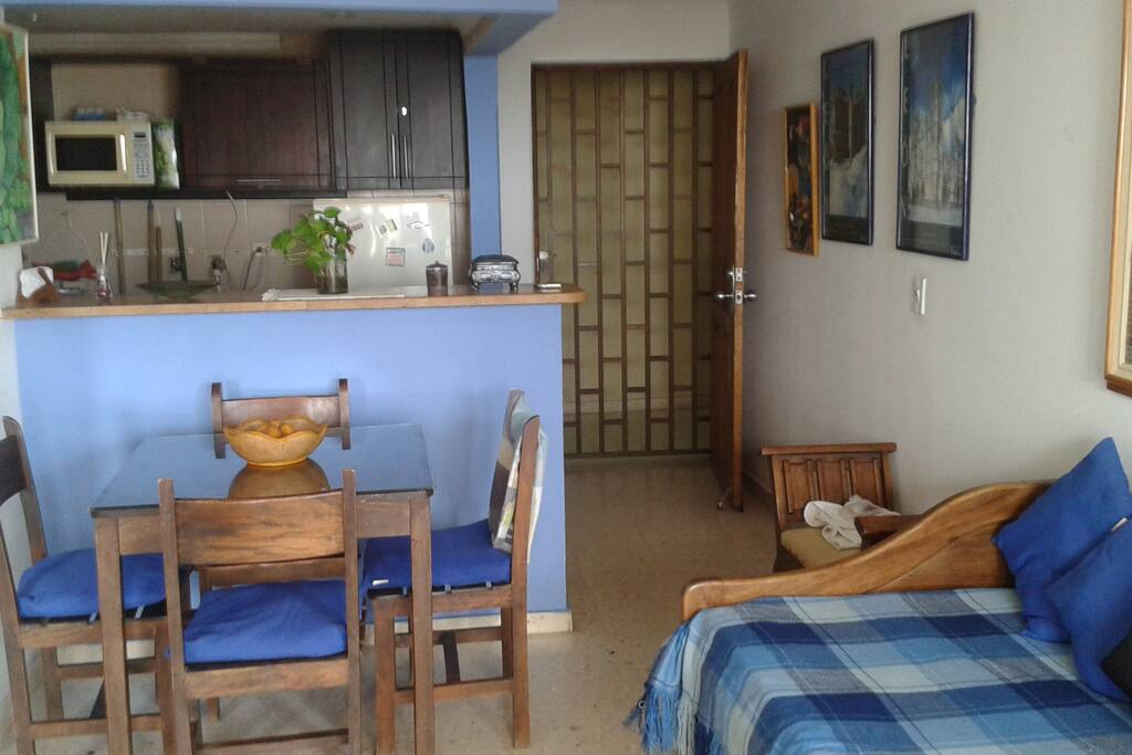 Salón+cocina Living room+kitchen Sejour+cuisine Sala+cozinha