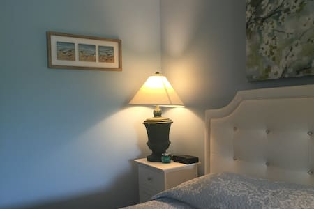 Best Value 2 room/2 bath Apartment in Ogunquit, ME - 奧甘奎特(Ogunquit)