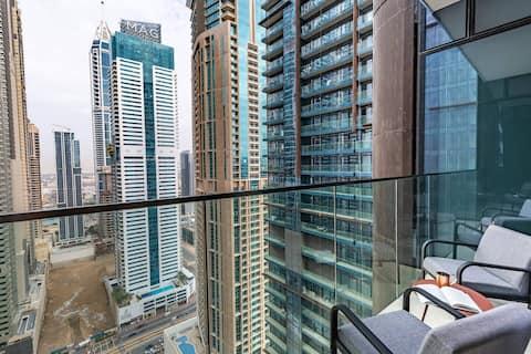 Stunning 1BR Apartment in Dubai Marina