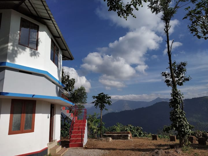 Paithal cottage with amazing hill view