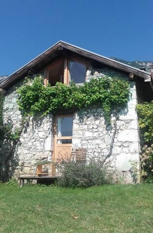 Maison de charme en duplex à Saint Ismier