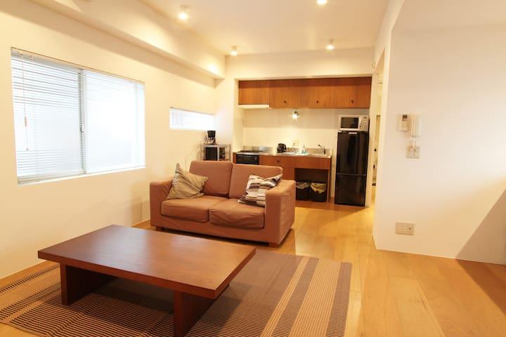 Monthly apartment/The center of KYOTO city.京都市役所前