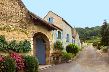 Derrière Chez Edouard