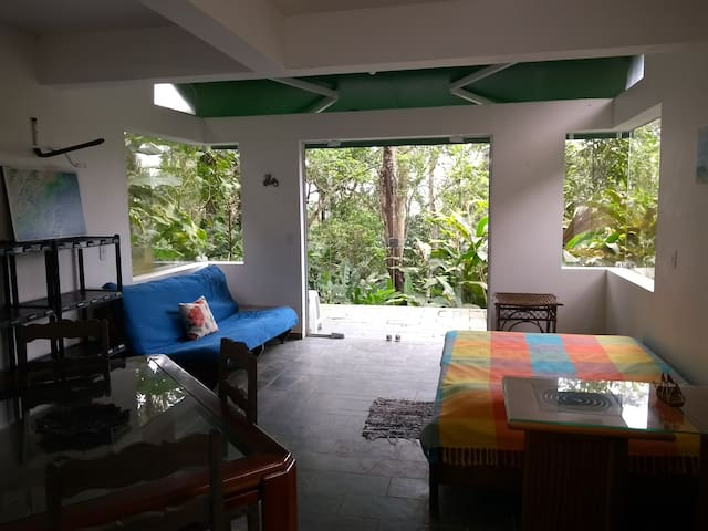 Chalé Rústico na Mata Atlântica - Vermelhinha 120m