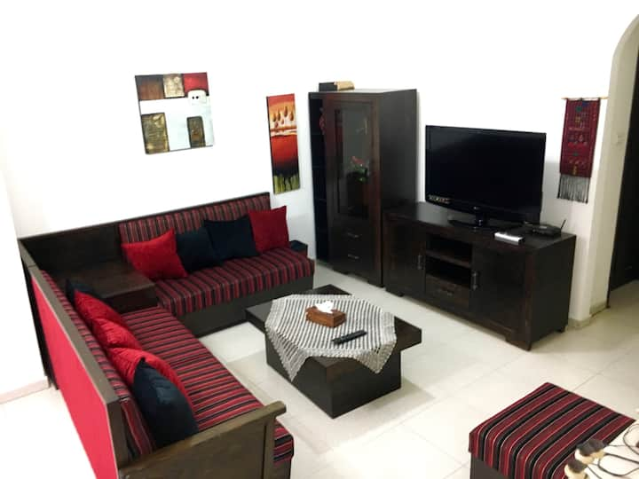 Newly furnished, central & spacious