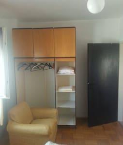 Cozy apartman near square and beach - Šibenik