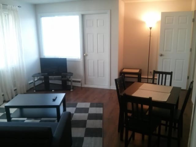 1 BD APT IN WEST OF DOWNTOWN, 6 - Edmonton - Apartment