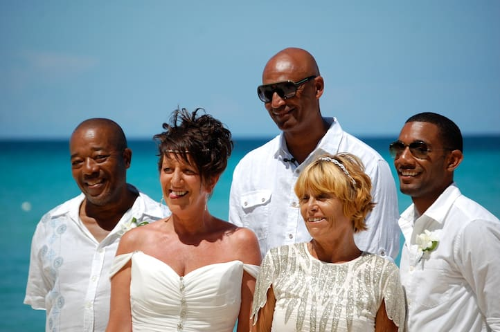 Guests getting married. Negril is a major wedding destination venue