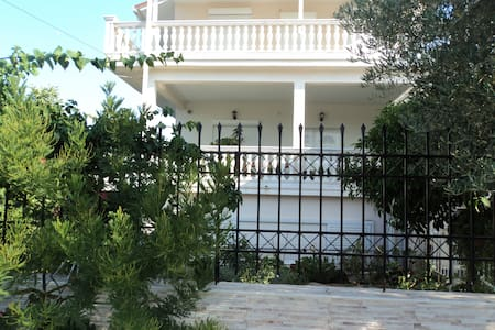 Comfortable apartment in Nea Makri - Nea Makri