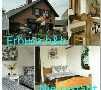 Erbuca Bed and Breakfast Nieuwstadt - Szoba reggelivel