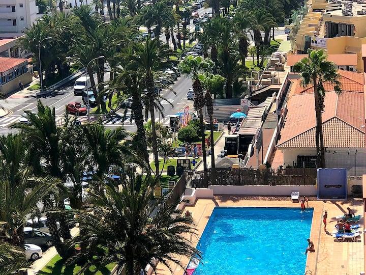 SEA VIEW , GREAT LOCATION, HAPPY LOS TAJINASTES,