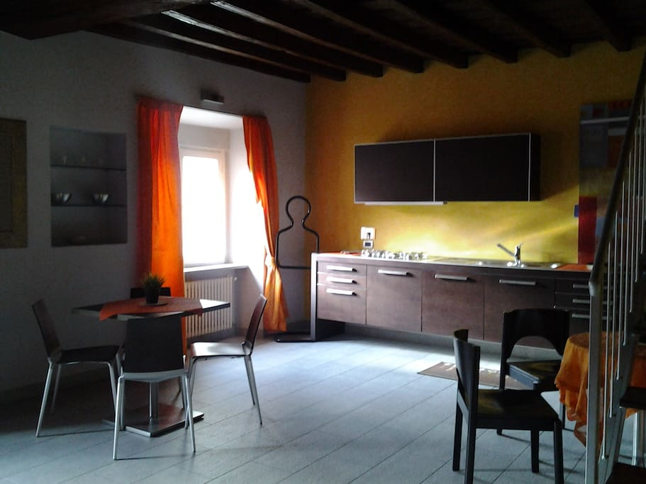 Alfieri 39 s attic apartments for rent in torino piemonte italy - Setting up an attic apartment ...
